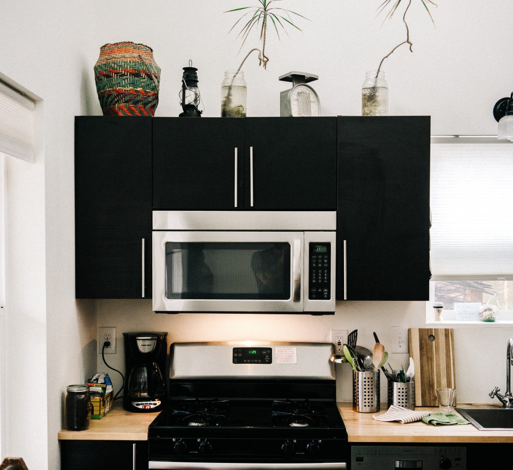 The Case For A Quality Stovetop Exhaust Hood Emeraldology